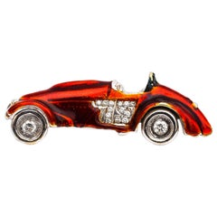 1950s Racing Car Pin Brooch in 18 Karat Gold