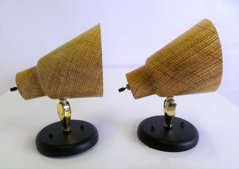 Tropical Modern 1950s Acrylic Raffia Cone Wall Sconces For Sale 5