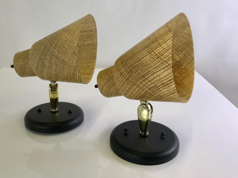Tropical Modern 1950s Acrylic Raffia Cone Wall Sconces For Sale 6
