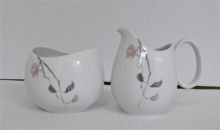 1950s Raymond Loewy Quince Pattern 36 Pieces Breakfast Set by Rosenthal Germany For Sale 1
