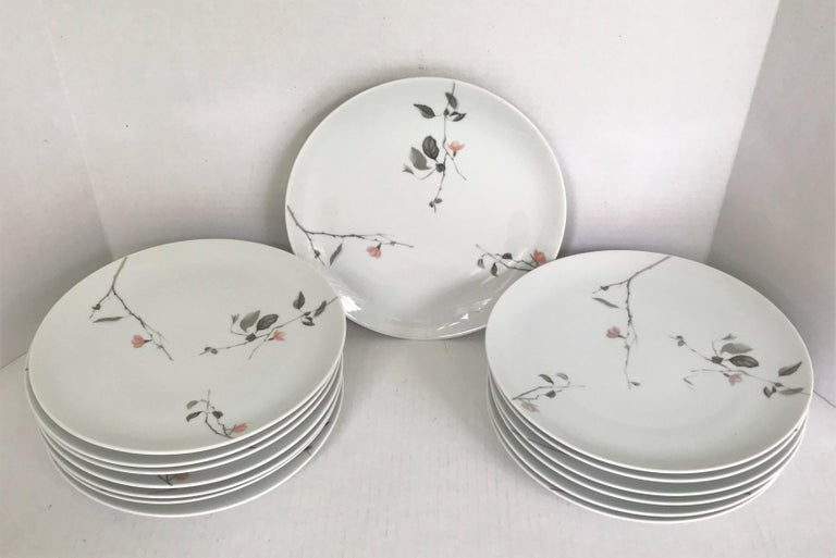 1950s Raymond Loewy Quince Pattern 36 Pieces Breakfast Set by Rosenthal Germany For Sale 2