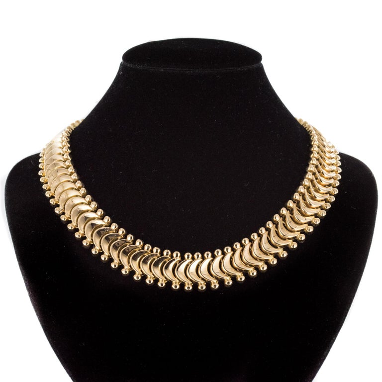 Women's 1950s Retro 18 Karat Yellow Gold Articulated Retro Necklace For Sale