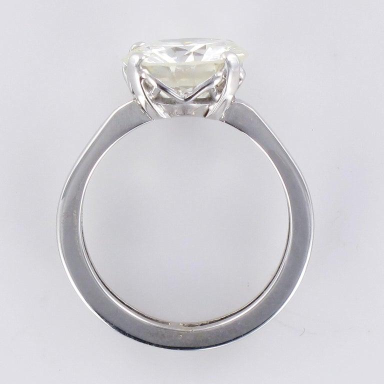 1950s Retro 3.20 Carat Diamond White Gold Solitary Ring For Sale 11