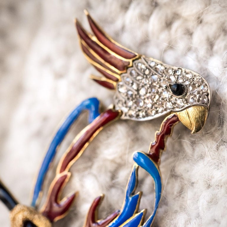 1950s Retro Enamel Diamonds 18 Karat Yellow Gold Parrot Brooch For Sale 3