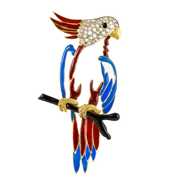 1950s Retro Enamel Diamonds 18 Karat Yellow Gold Parrot Brooch For Sale