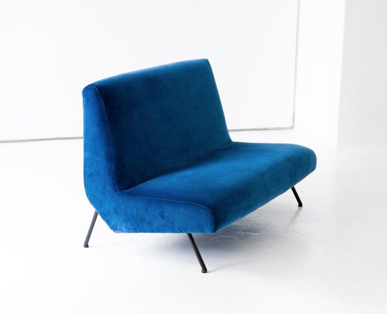 1950s Reupholstered Italian Sofa in Blue Velvet 5