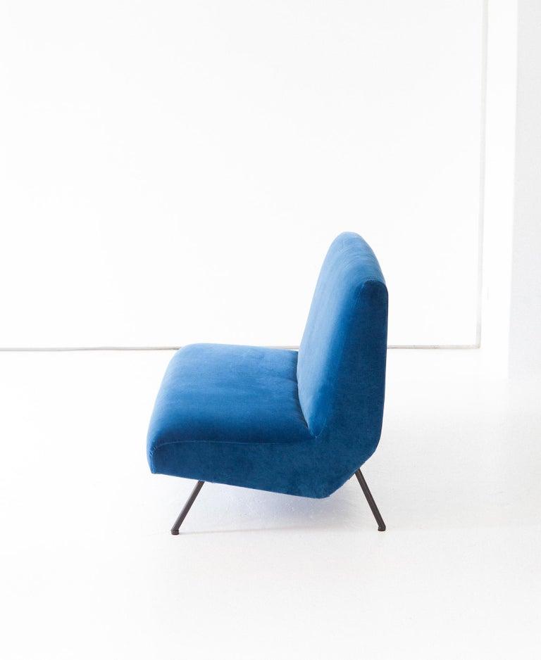 Mid-Century Modern 1950s Reupholstered Italian Sofa in Blue Velvet