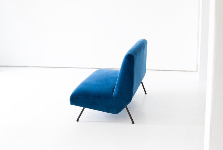 Mid-20th Century 1950s Reupholstered Italian Sofa in Blue Velvet