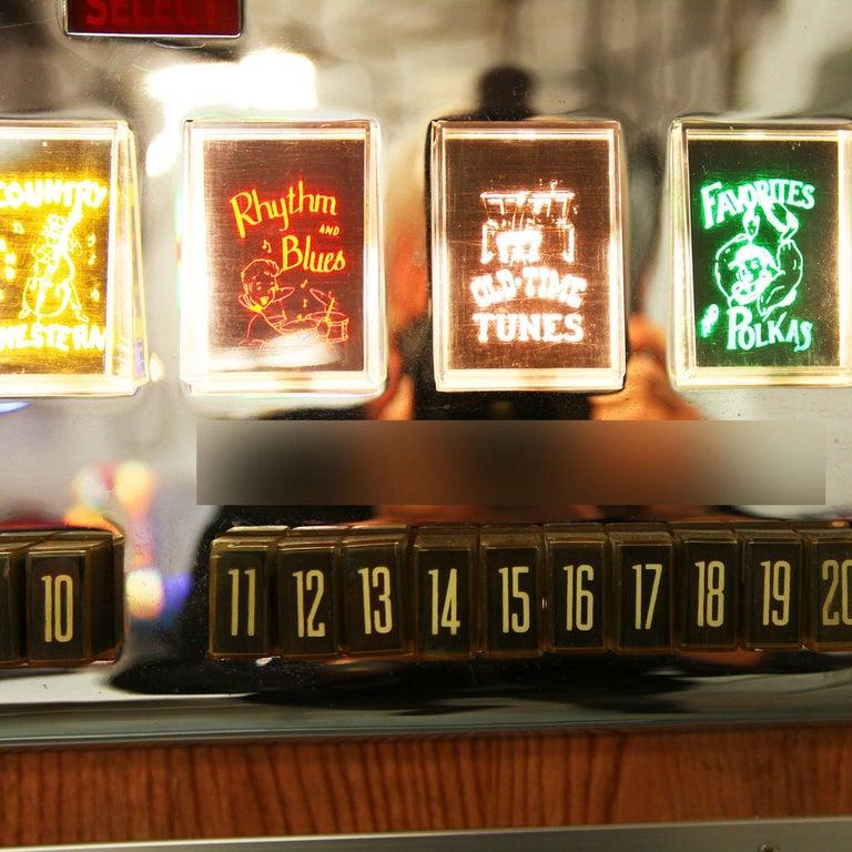 1950s Rock-Ola 1464 Wall-Mounted Vinyl Jukebox For Sale 3