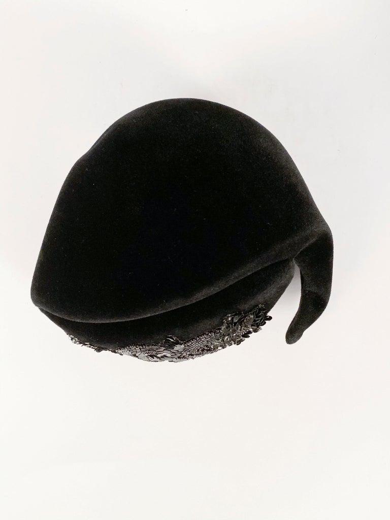 1950s Roos Bros. Black Velvet Hat For Sale 3