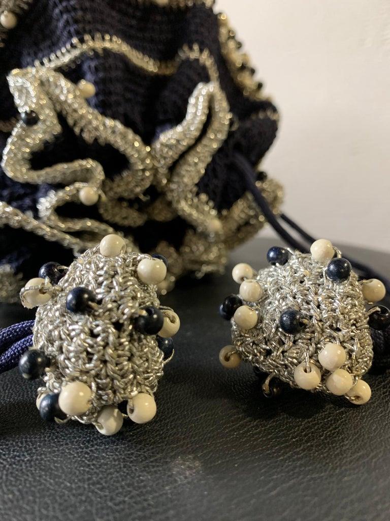 1950s Round Navy & Silver Metallic Crochet Summer Handbag W/ Wooden Beading For Sale 9