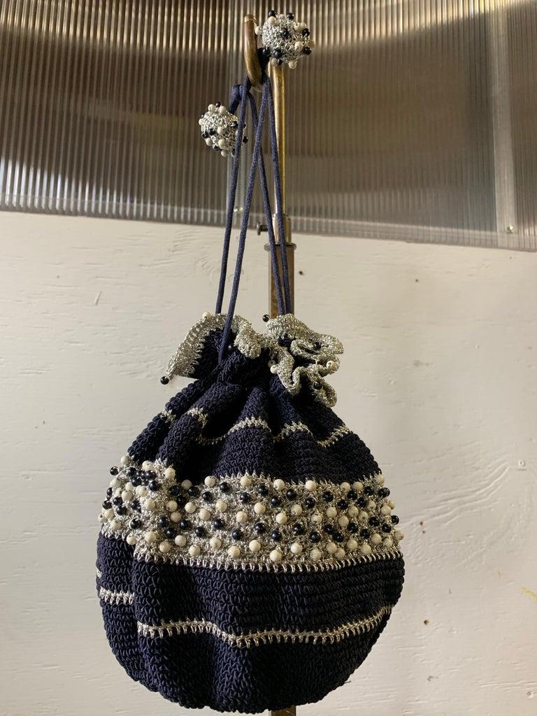 Black 1950s Round Navy & Silver Metallic Crochet Summer Handbag W/ Wooden Beading For Sale