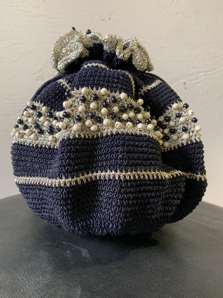 1950s Round Navy & Silver Metallic Crochet Summer Handbag W/ Wooden Beading For Sale 3