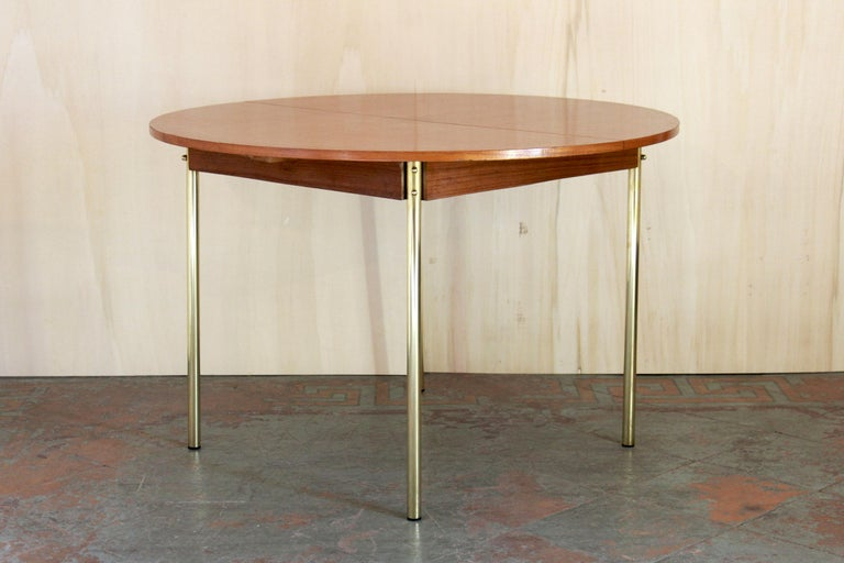 1950s Scandinavian Extendible Dining Table For Sale 8