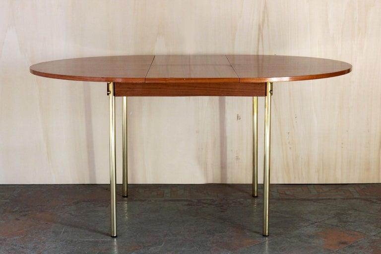 Scandinavian Modern 1950s Scandinavian Extendible Dining Table For Sale