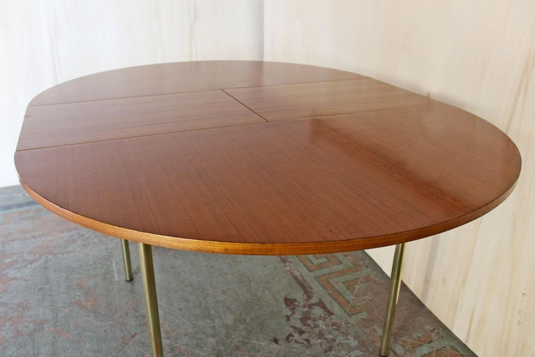 Mid-20th Century 1950s Scandinavian Extendible Dining Table For Sale