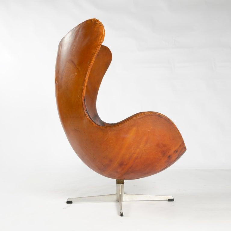Mid-20th Century 1950s Scandinavian Modern Lounge Chair by Arne Jacobsen for Fritz Hansen For Sale