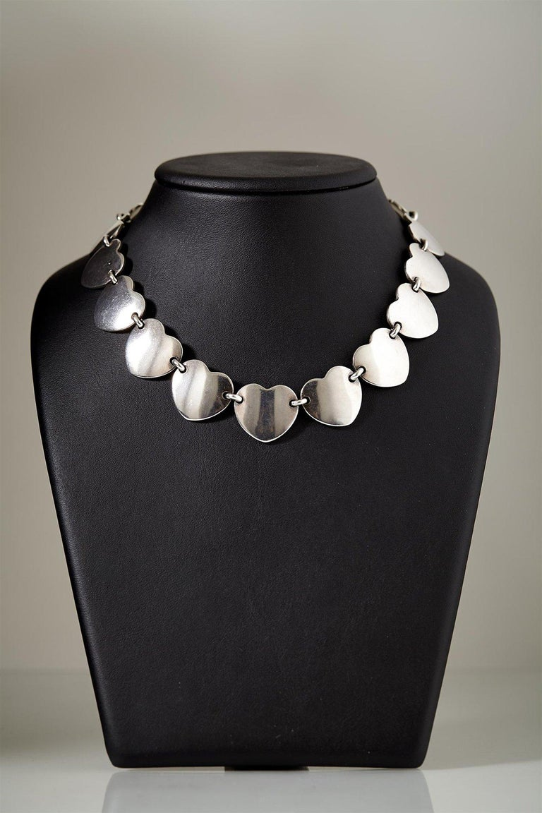 1950s Scandinavian Modern Sterling Silver Heart-Shaped Jewellery Set, Denmark In Excellent Condition For Sale In Stockholm, GB