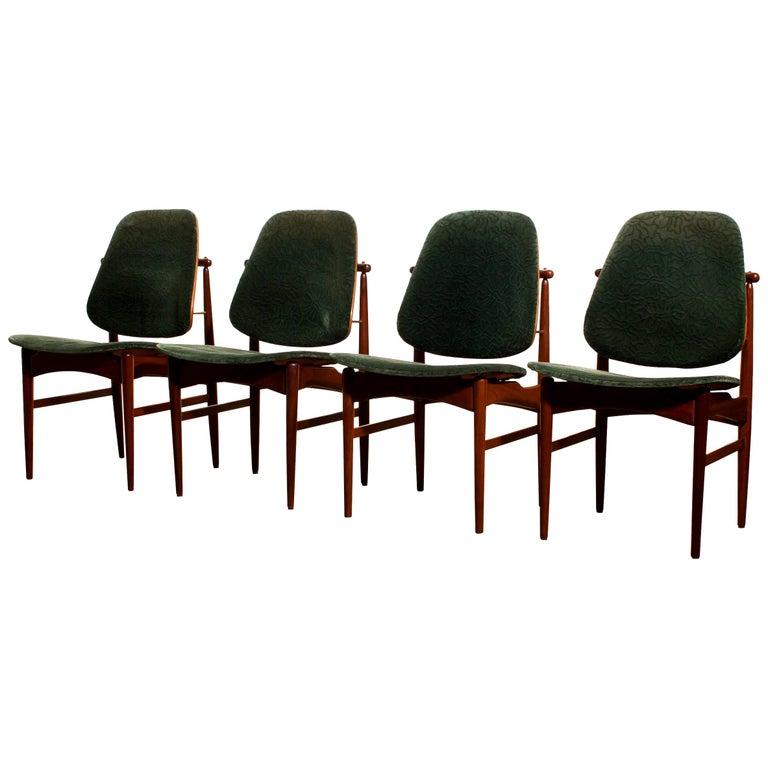 Mid-Century Modern 1950s, Set of Four Teak Dining Chairs by Arne Vodder for France & Daverkosen
