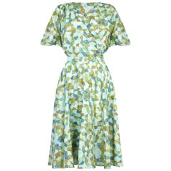 1950s Silk Pale Green Abstract Novelty Patterned Dress