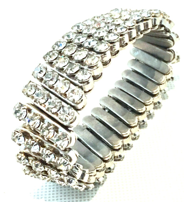 1950'S Silver & Crystal Clear Swarovski Rhinestone Expansion Stretch Link Bracelet. Fits most wrists. Expands to approximately 3.5