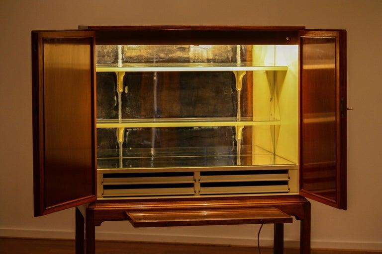 1950s, Slim Scandinavian Midcentury Mahogany Dry Bar / Luxury Cabinet 4