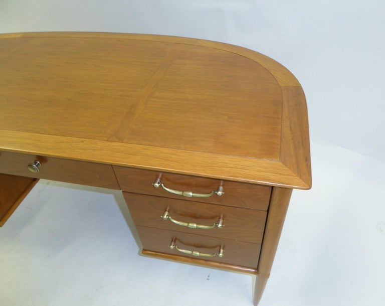 Mid-20th Century 1950s Sophisticates Walnut Desk by John Lubberts & Lambert Mulder for Tomlinson For Sale