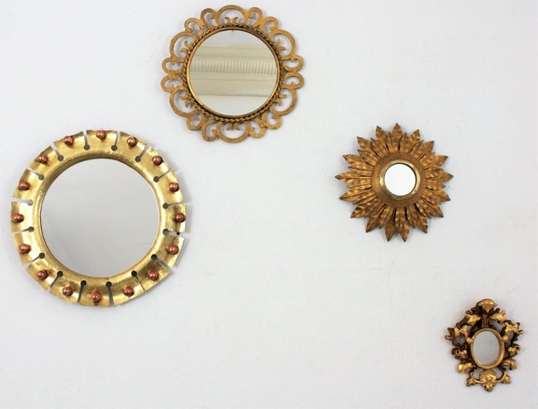 1950s Spanish Mid-Century Modern Gilt Iron Scrollwork Mini Sized Mirror In Excellent Condition For Sale In Barcelona, ES