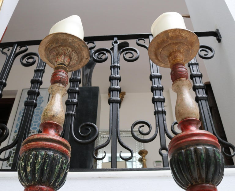 1950s Spanish Pair of Wooden Painted Candle Pricket Sticks In Good Condition For Sale In Malaga, ES