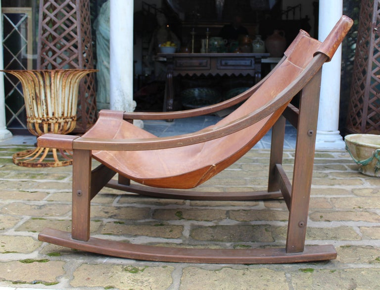 20th Century 1950s Spanish Wood and Leather Rocking Chair For Sale