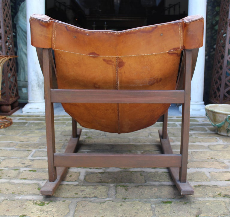 1950s Spanish Wood and Leather Rocking Chair For Sale 2