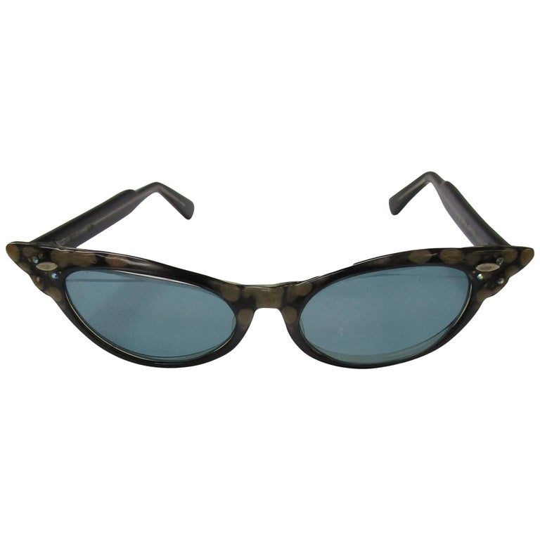 1950s Spotted and Jeweled Cat Eye Sunglasses   For Sale
