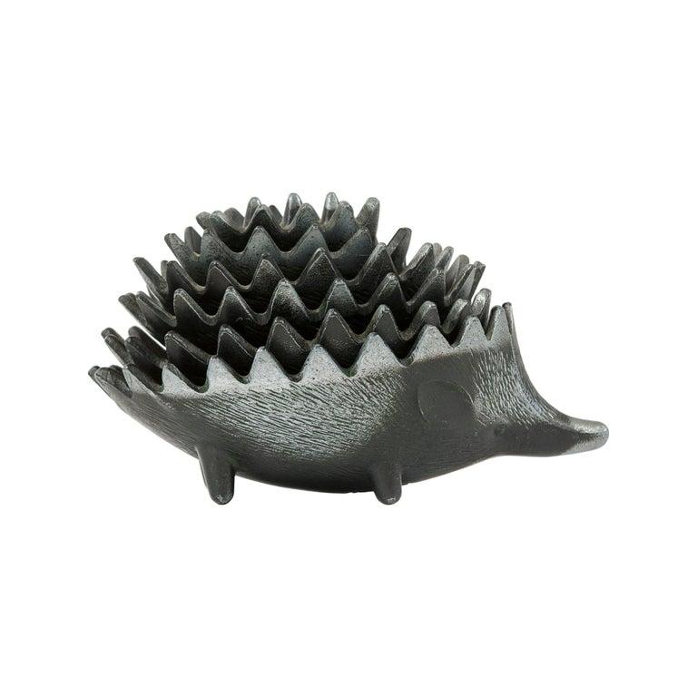 1950s Stackable Hedgehog Ashtrays For Sale