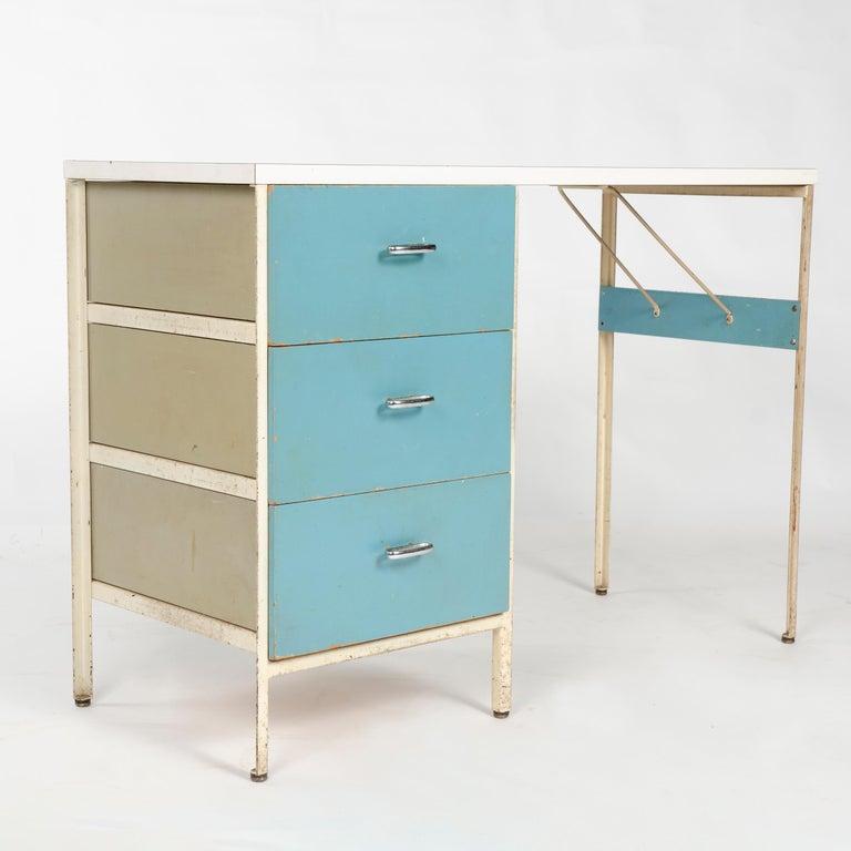 Mid-Century Modern 1950s 'Steel Frame' Desk Model 4111 by George Nelson for Herman Miller For Sale