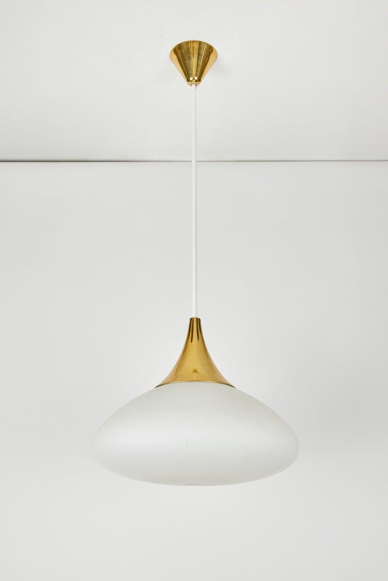 Italian 1950s Stilnovo Glass and Brass Pendant For Sale