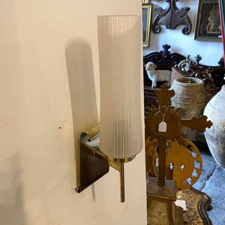 20th Century 1950s Stilnovo Style Mid-Century Modern Set of Two Brass and Glass Wall Sconces For Sale