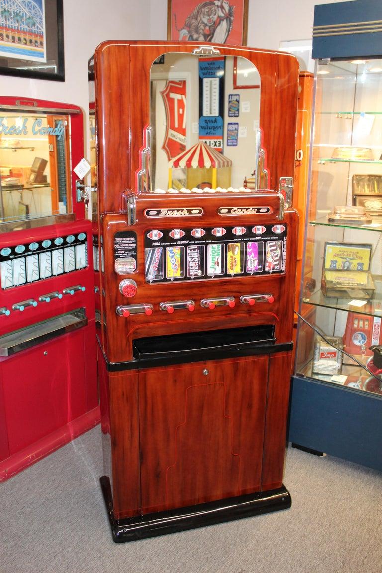 Metal 1950s Stoner Univendor Theater Candy Eight Pull Dispenser Vending Machine For Sale