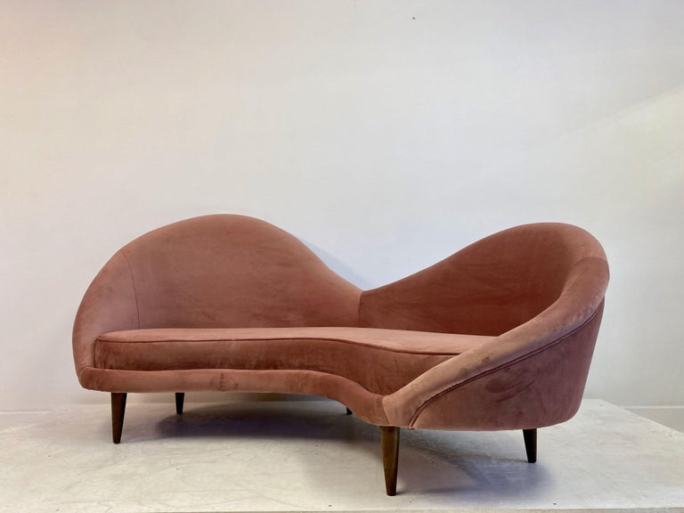 Contemporary 1950s Style Italian Sofa in Soft Pink Velvet For Sale