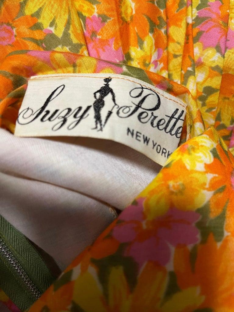 Brown 1950s Suzy Perette Yellow Pink Orange Daisy Print Cotton Vintage 50s Dress For Sale