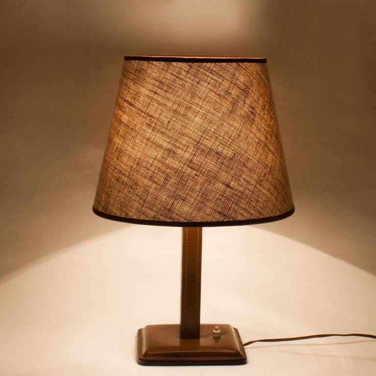 1950s Table Lamp, Leather, Light Thread Sewing, Jute Lampshade, Spain In Good Condition For Sale In Barcelona, ES