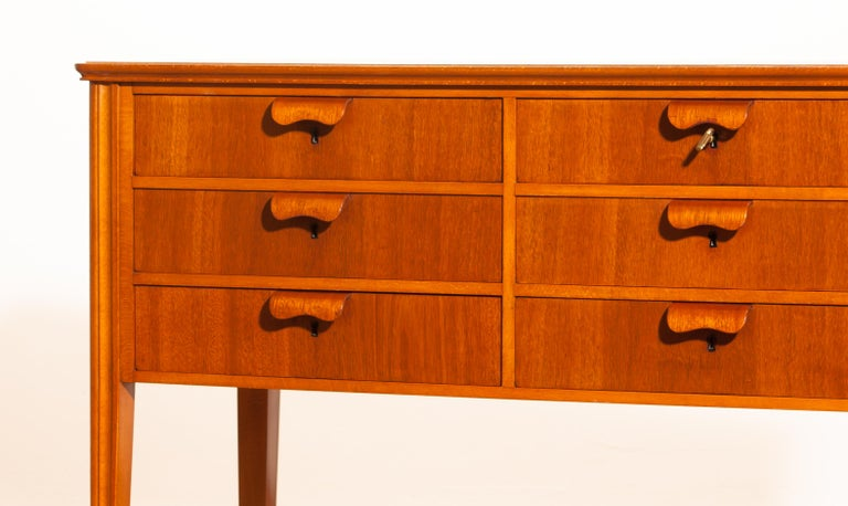 1950s, Teak and Beech Chest of Drawers by Ferdinand Lundquist For Sale 4