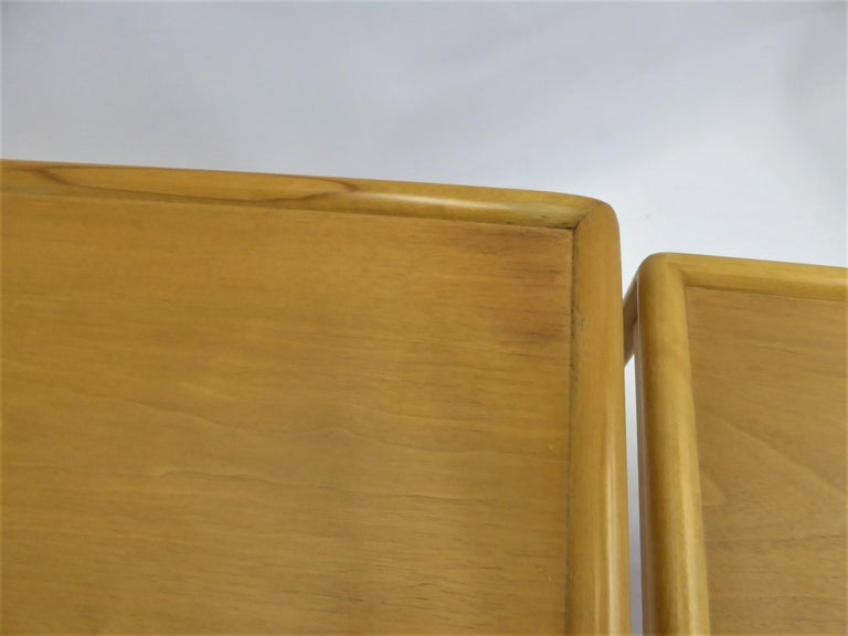1950s Robsjohn-Gibbings Mid Century Modern Nesting Stacking Tables for Widdicomb For Sale 8