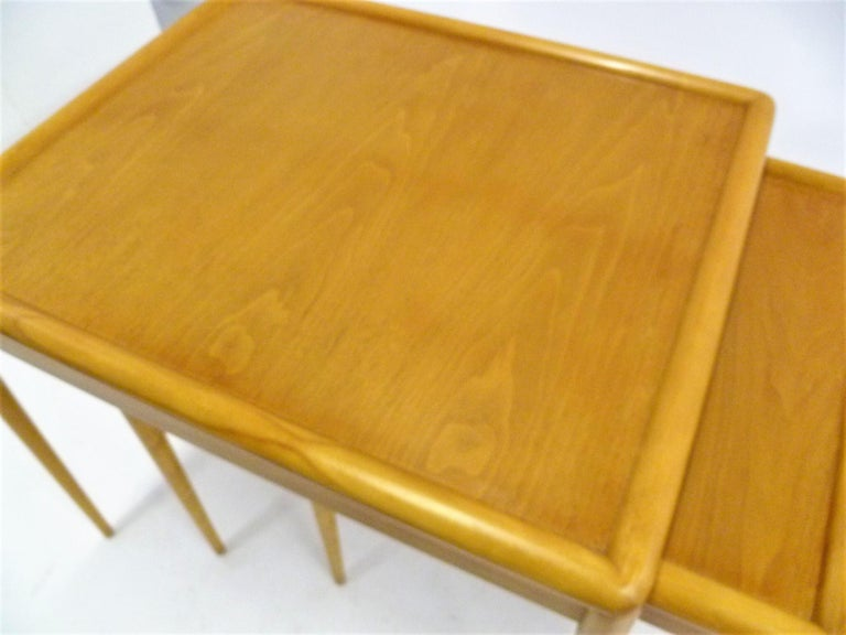T.H. Robsjohn Gibbings MidCentury  Modern Walnut Nesting Tables Widdicomb 1950s For Sale 6