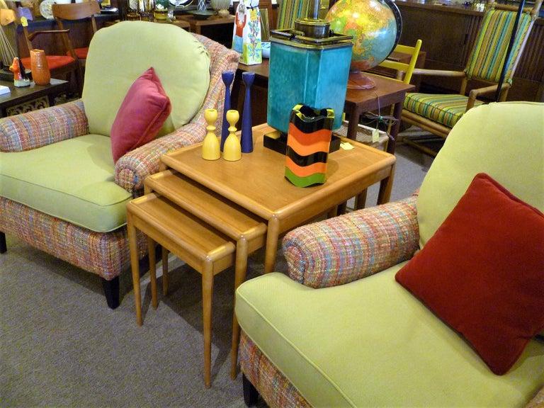 T.H. Robsjohn Gibbings MidCentury  Modern Walnut Nesting Tables Widdicomb 1950s In Good Condition For Sale In Miami, FL