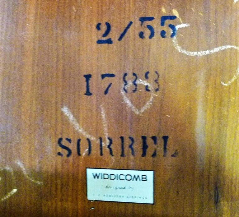 T.H. Robsjohn Gibbings MidCentury  Modern Walnut Nesting Tables Widdicomb 1950s For Sale 1