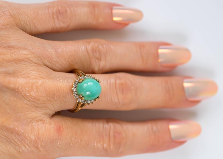 1950s Tiffany & Co. Persian Turquoise Cabochon Diamond Halo 14 Karat Gold Ring For Sale 5