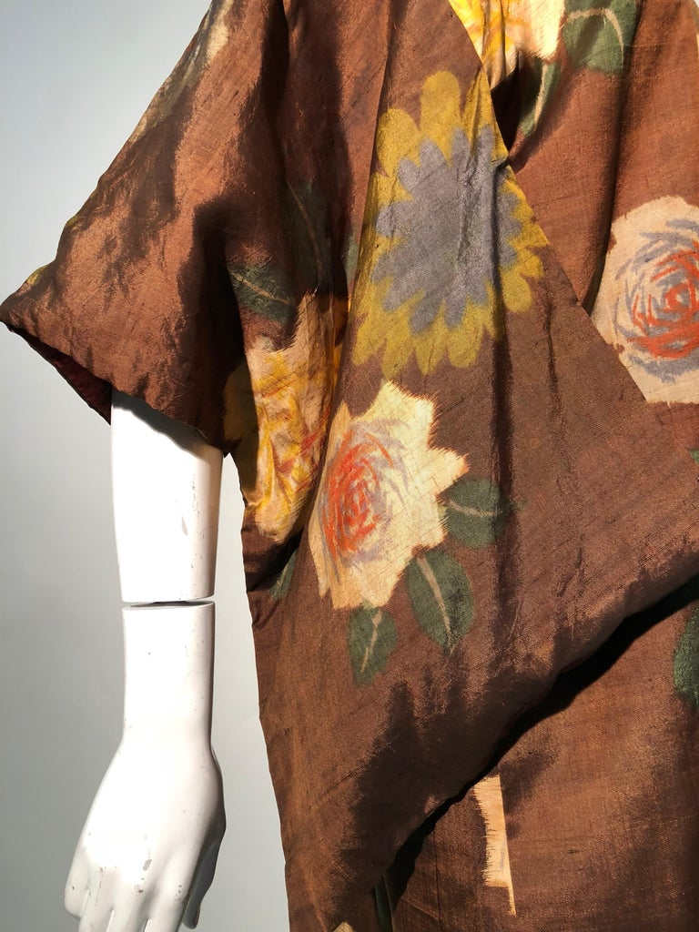 1950s Tobacco Brown Silk Kimono W/ Autumnal Floral Pattern & Contrasting Lining 3