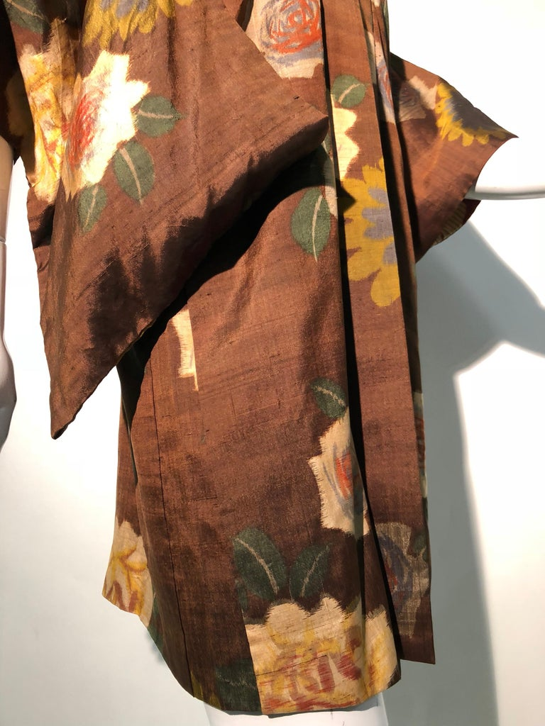 1950s Tobacco Brown Silk Kimono W/ Autumnal Floral Pattern & Contrasting Lining 4