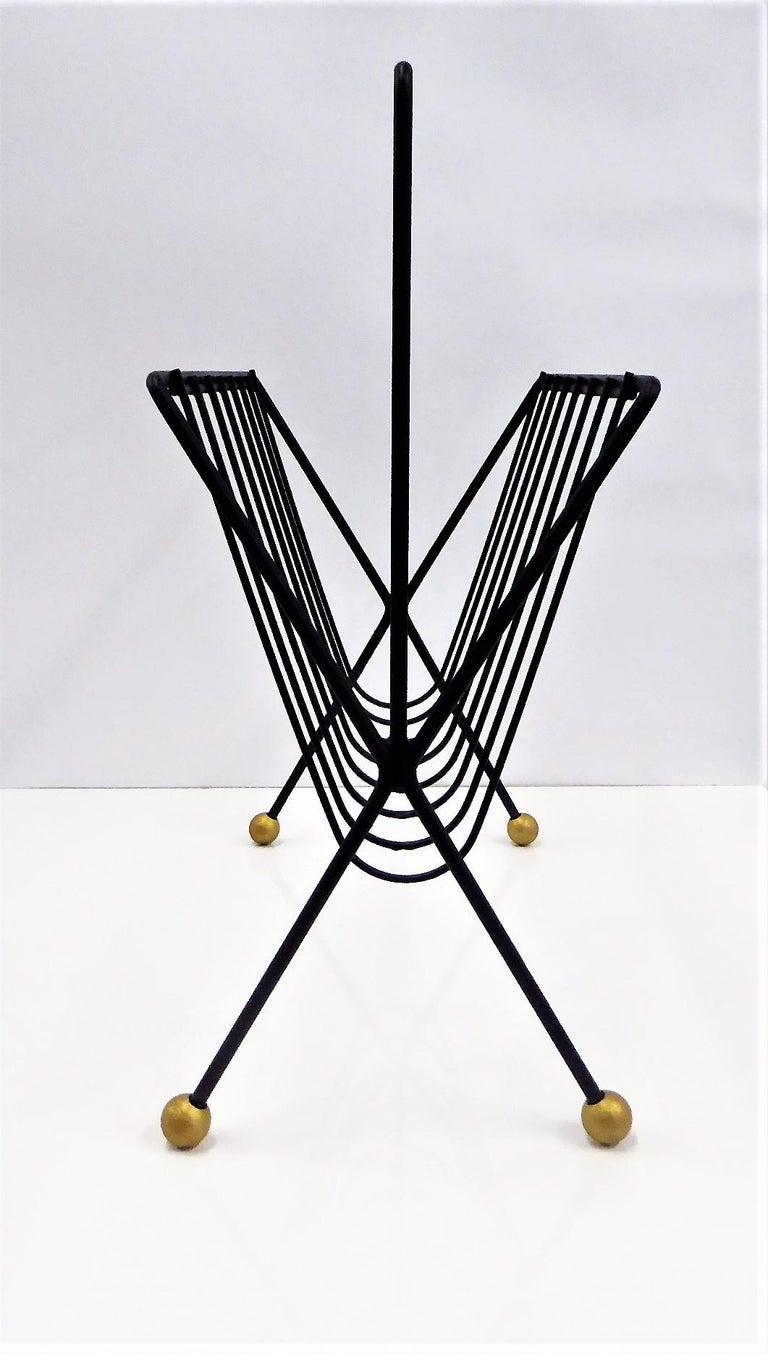 Mid-Century Modern 1950s Tony Paul Steel Wire Magazine Rack For Sale