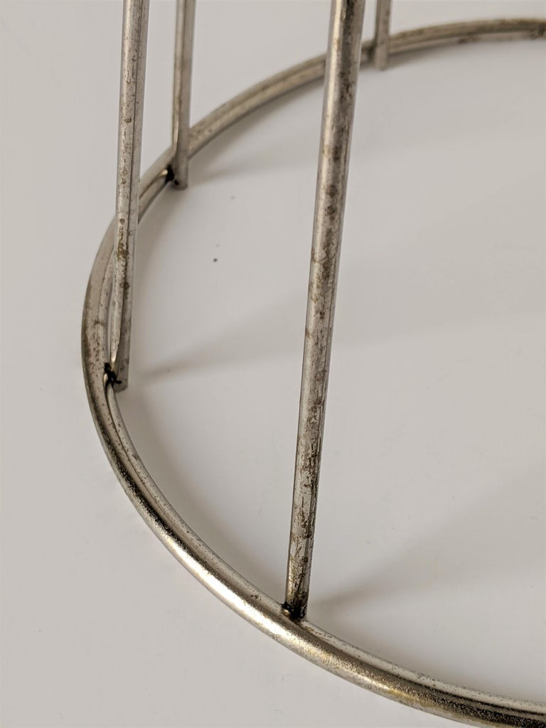 1950s Tony Paul Floor\Standing Wire Ashtray, USA For Sale 4